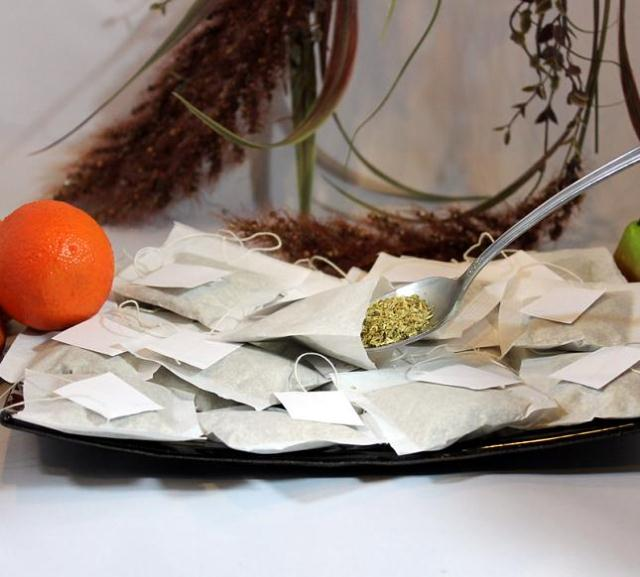 """100 Empty String Teabags or Herbs Heat Seal Loose  2.5"""" x 2.25"""""""